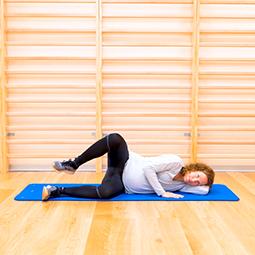 Tonificación de la musculatura de la cadera tumbada