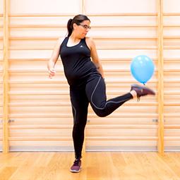 Juego de coordinación con un globo
